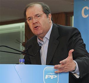 Herrera ya es el candidato oficial del PP a la Junta