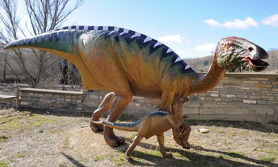 Convenio para abrir el aula paleontológica de Villar del Río