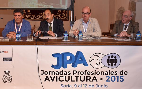 La Junta anima al sector avícola nacional a implantar proyectos en Soria