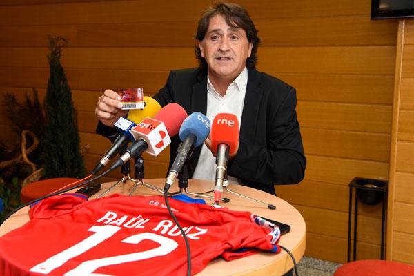 Raúl Ruiz anima a abonarse al Numancia porque cree en el ascenso