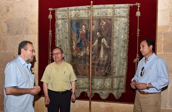 La Junta restaurará el estandarte de San Saturio de la concatedral de San Pedro