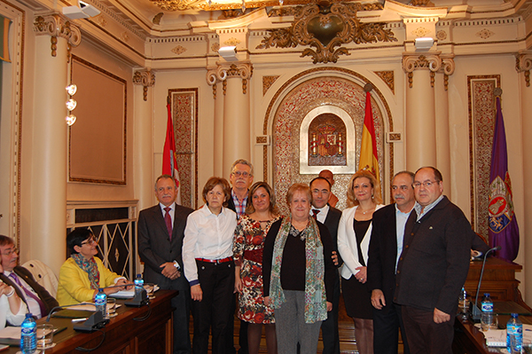 La Diputación homenajea a seis trabajadores que acceden a la jubilación