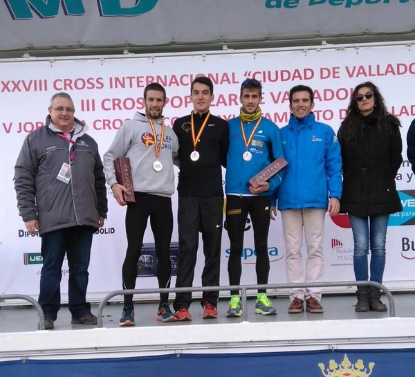 Dani Mateo se adjudica el Autonómico absoluto de cross