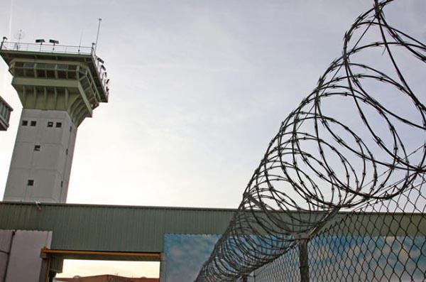 Medio centenar de empleados lesionados en incidencias en las prisiones de Castilla y León