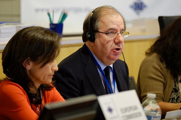 El Comité de las Regiones aprueba el dictamen sobre el reto demográfico defendido por Herrera