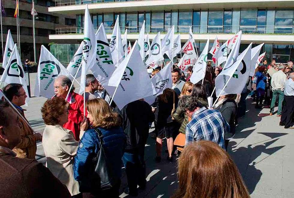 Campaña de CSIF para combatir la discriminación del personal interino
