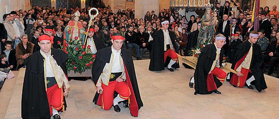 Resultado de imagen de fiestas de Las Candelas y San Blas (San Leonardo de Yagüe)