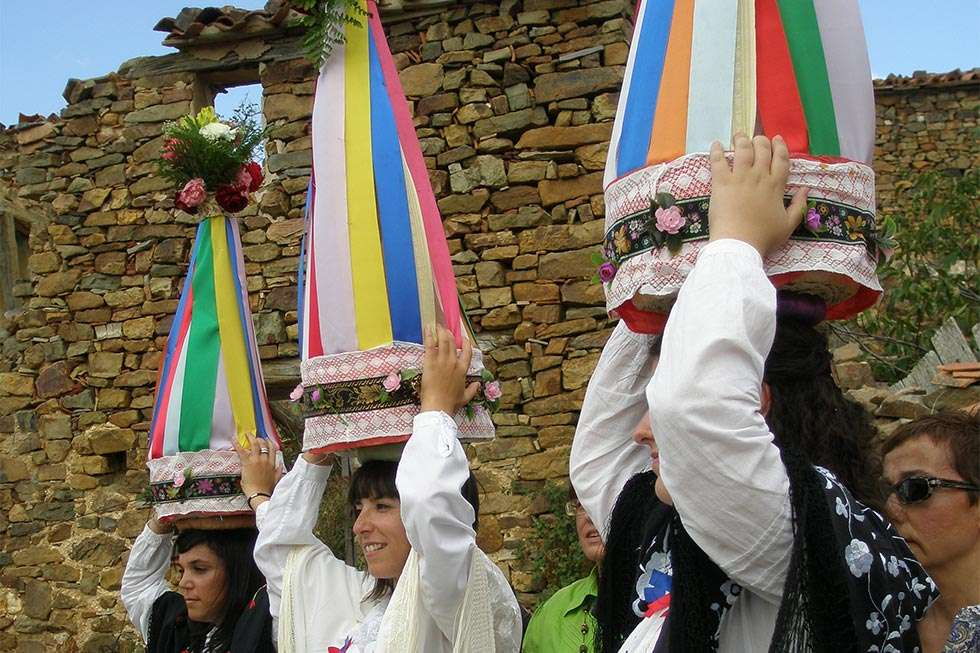 Sarnago programa un año más su semana cultural