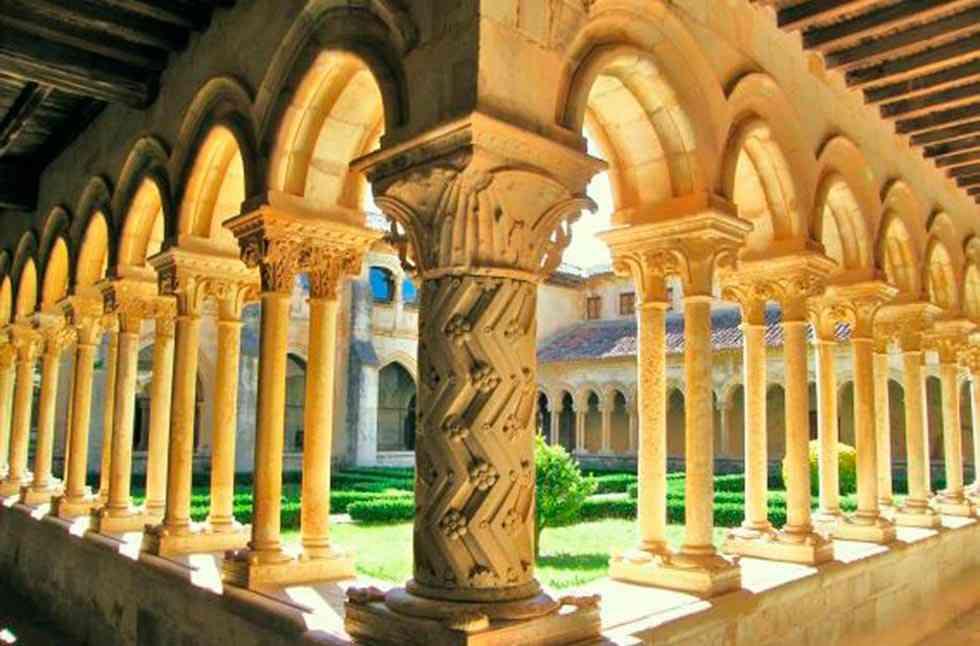 Exposición 'Mons Dei': 'Las Edades del Hombre' en Aguilar de Campoo