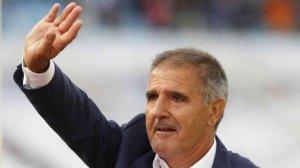 El Sporting destituye a Paco Herrera