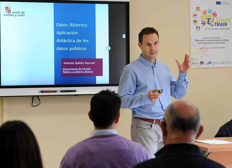 Formación al profesorado para la aplicación didáctica de datos públicos