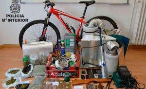 La Policía localiza armas y drogas en registros en Soria