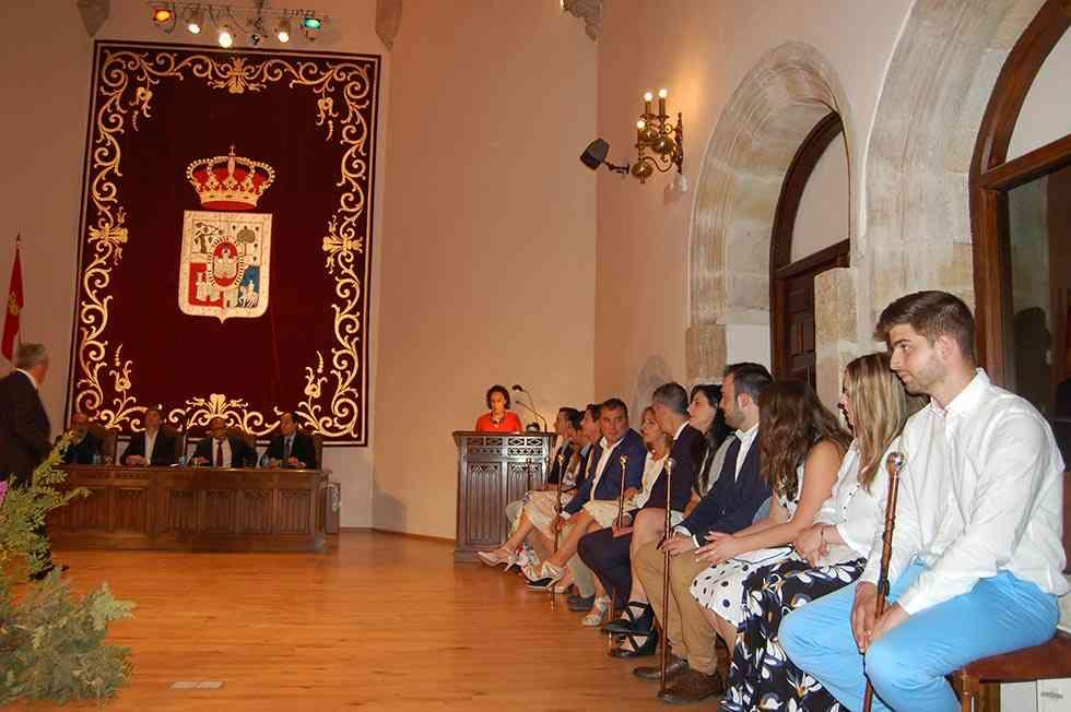 La Diputación homenajea a los alcaldes de barrio