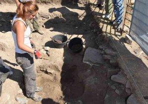 """El equipo arqueológico de Los Casares documenta una """"excepcional"""" vivienda visigoda"""