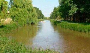 Fallece ahogado un pescador en el Canal de Castilla