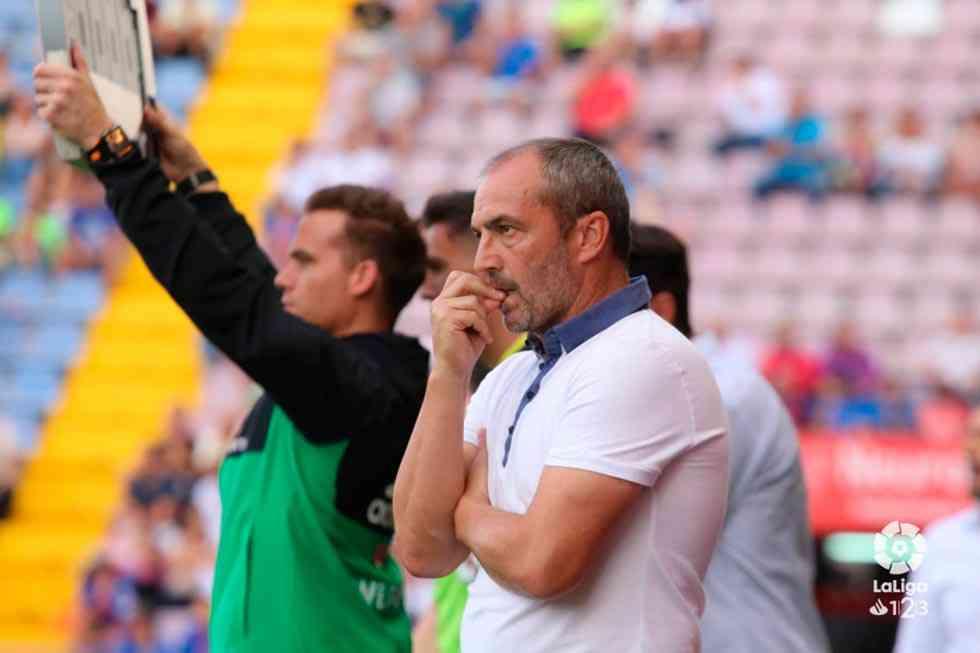 Juan Sabas deja de ser entrenador del Extremadura