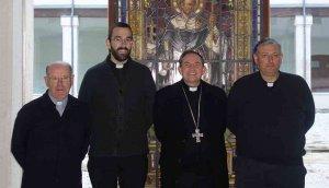 El obispo nombra tres nuevos canónigos para la catedral