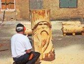 Nueva escultura de José Llorente en el Aula del Bosque