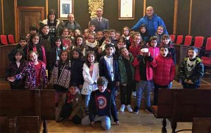Escolares del colegio Ruiz Zorrilla visitan el Ayuntamiento
