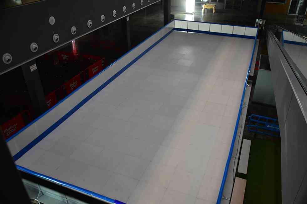 Las Camaretas ofrece una pista de patinaje en navidades