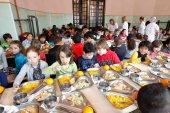 Podemos exige reabrir las cocinas propias de los centros escolares