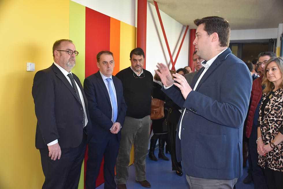 """Rey visita la segunda ampliación del colegio """"Gerardo Diego"""""""