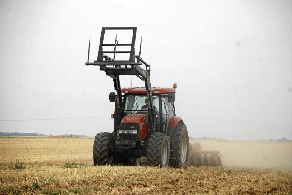 Fallece un joven agricultor arrollado por su propio tractor