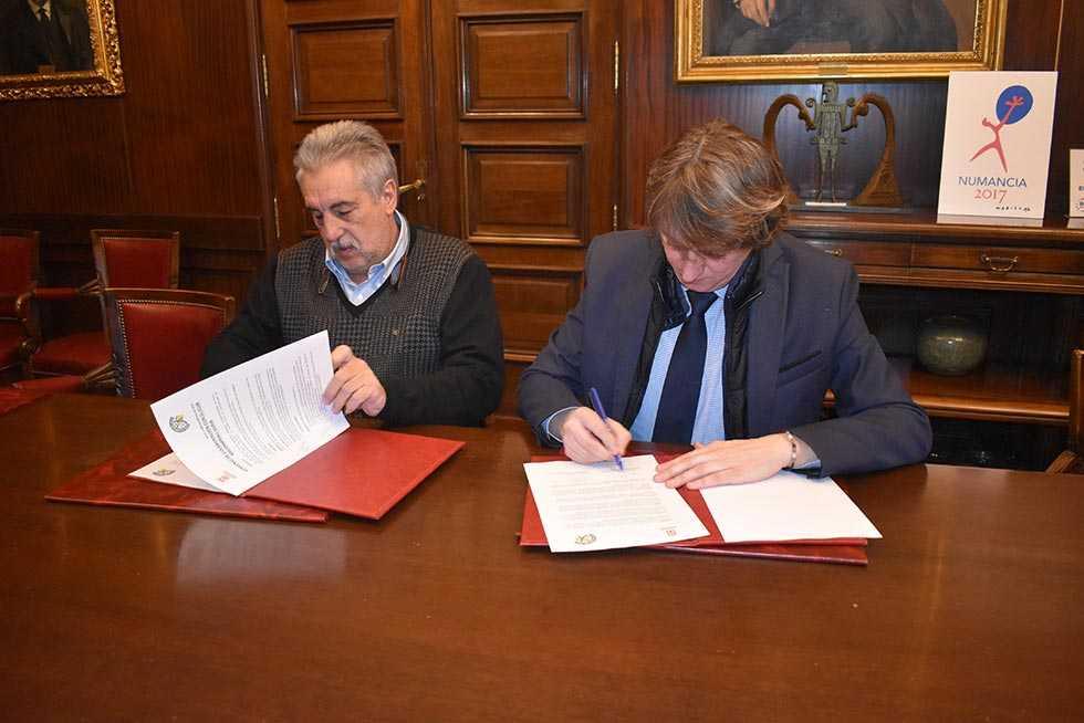 El Ayuntamiento concede 45.000 euros al Club de Balonmano Soria