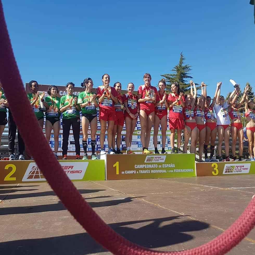 Estela Navascués, sexta en el Campeonato de España de Cross