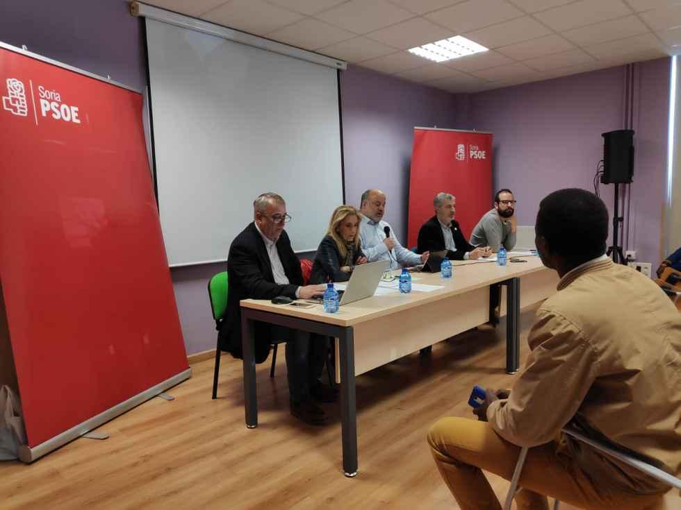 Los inmigrantes deben implicarse en toma de decisiones, según PSOE