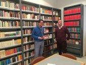 La biblioteca habilita una sala para almacenar sus fondos