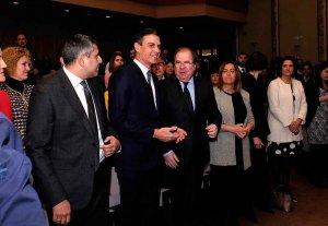 Herrera demanda medidas específicas para favorecer el turismo