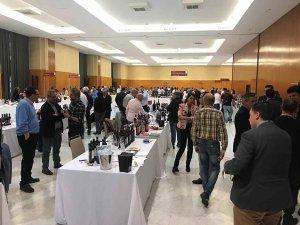 La Junta muestra en Málaga el potencial de los vinos de la Comunidad