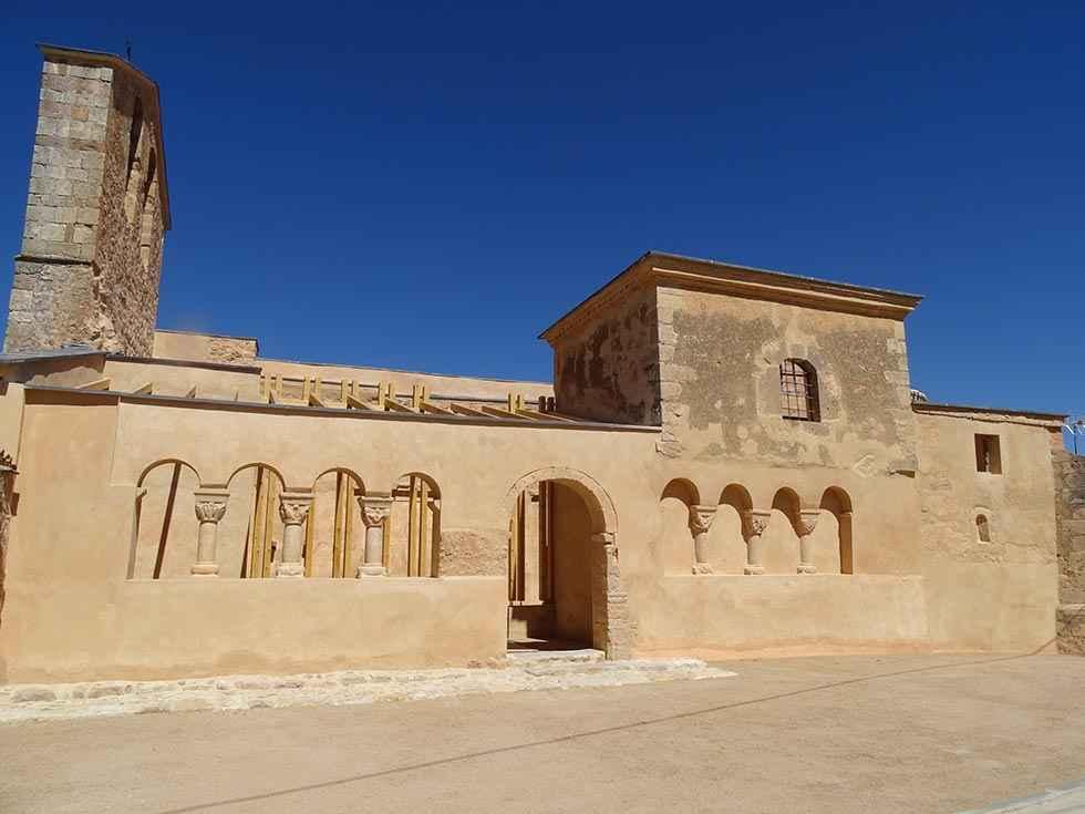 La Junta consolida la iglesia románica de Paones
