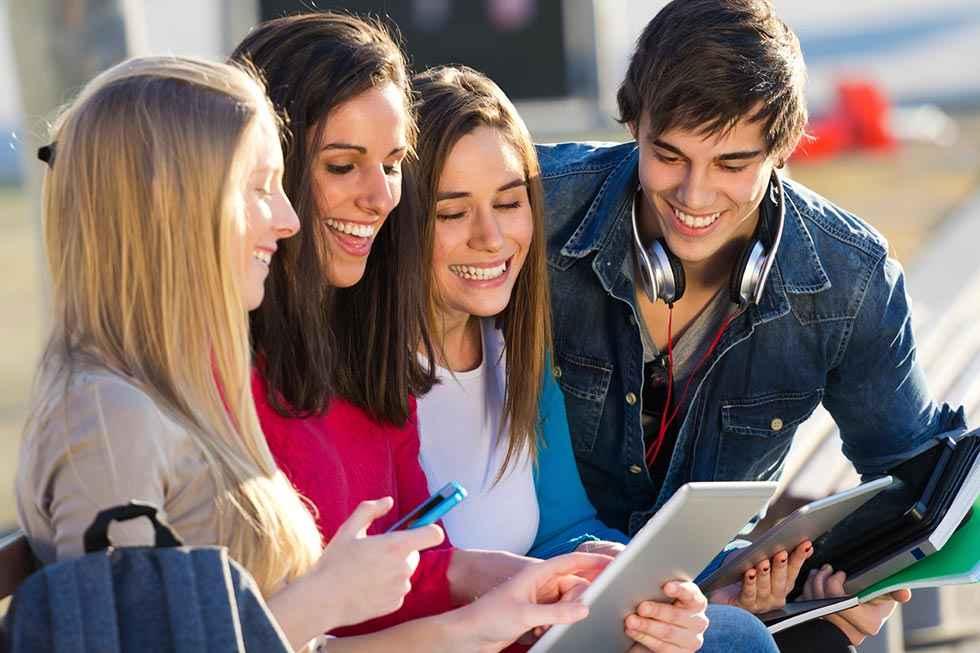 Casi la mitad de estudiantes dudan a la hora de escoger carrera universitaria