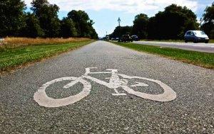 Charla sobre seguridad vial en el deporte