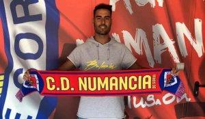 Néstor Albiach, segundo fichaje del Numancia 2019-2020