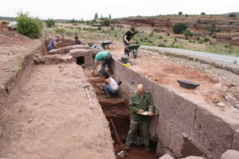 La Junta documenta la muralla de Tiermes para su restauración