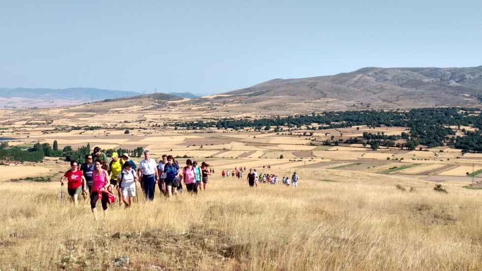 Aproximación a la ruta de la Torre de la Araviana