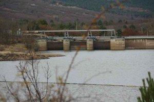 La Cuerda del Pozo sigue soltando agua para campaña de riego