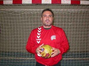 Un jugador con tablas para el Balonmano Soria