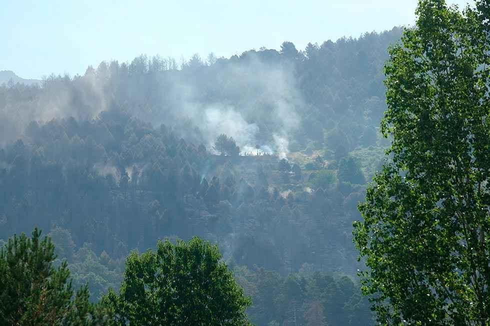 Fomento confía en que se controle el fuego del parque de Guadarrama