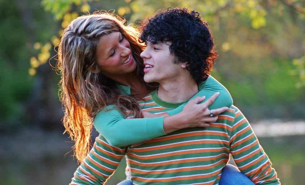Siete de cada diez jóvenes practica poco sexo, según Control