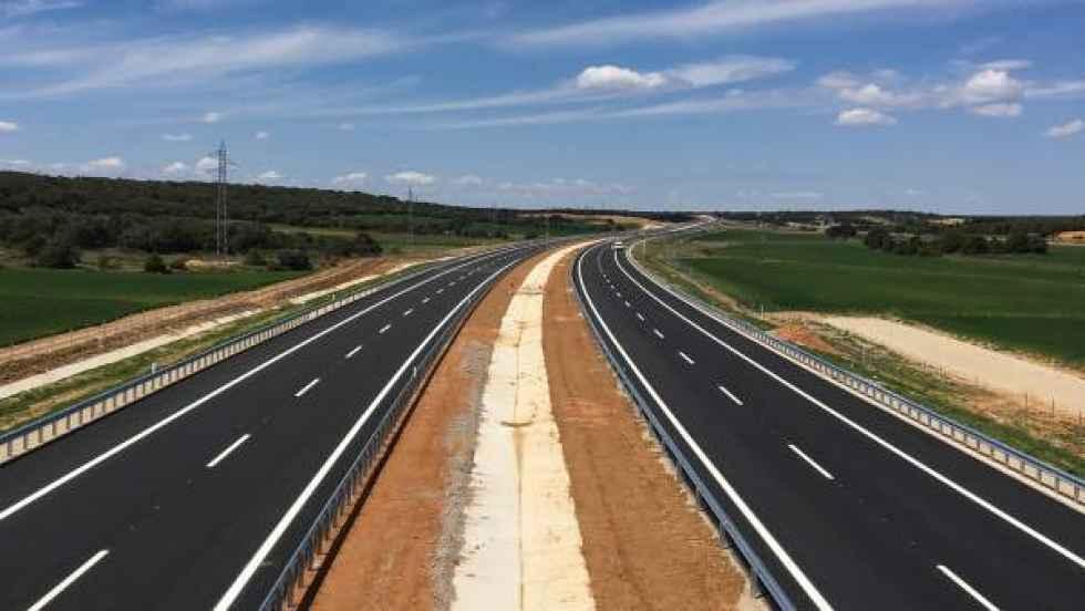 La Junta rechaza cobrar por usar las autovías