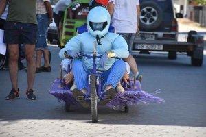 Gómara: V Carrera de Autos Locos - fotos